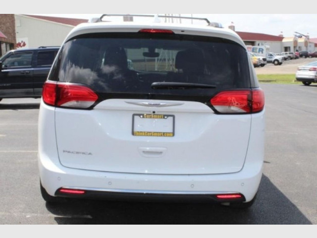 2019 CHRYSLER PACIFICA - Image 6
