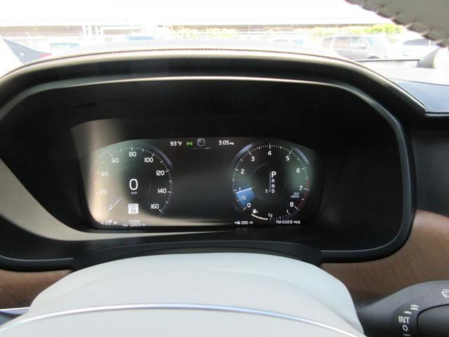 2017 VOLVO S90 - Image 24