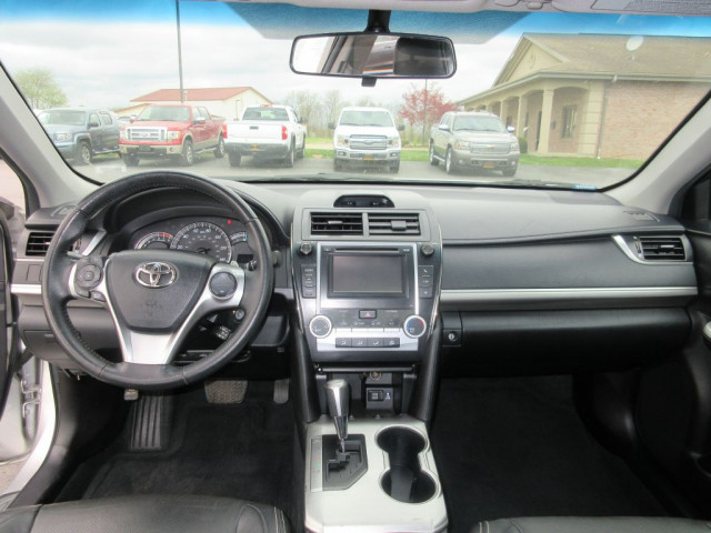 2012 TOYOTA CAMRY - Image 19