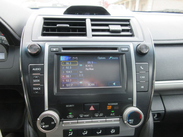2012 TOYOTA CAMRY - Image 22