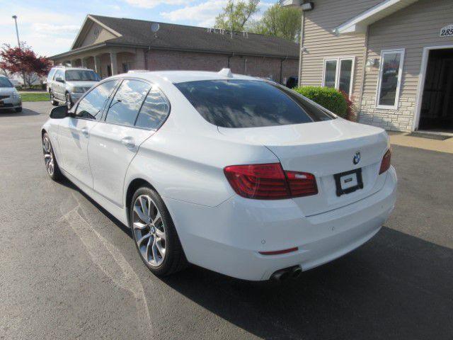 2016 BMW 528 - Image 5