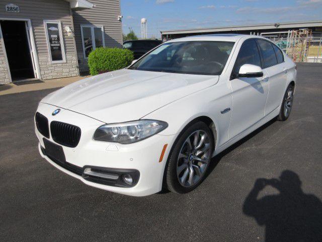 2016 BMW 528 - Image 7