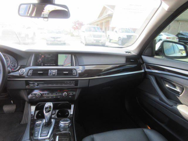 2016 BMW 528 - Image 16