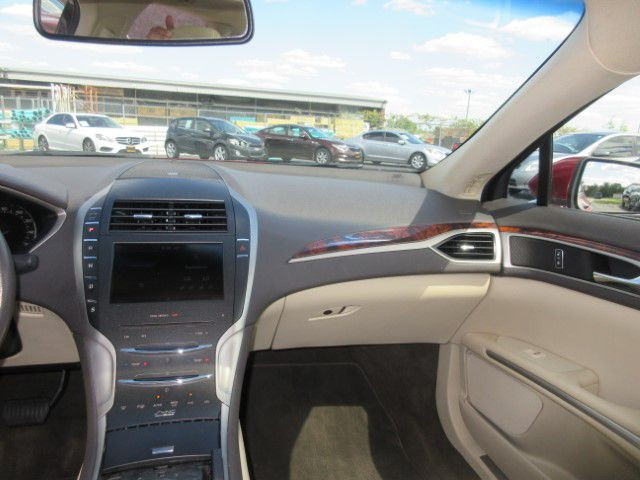 2013 LINCOLN MKZ - Image 17