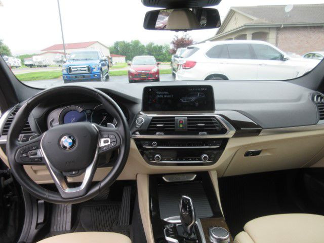 2018 BMW X3 - Image 17