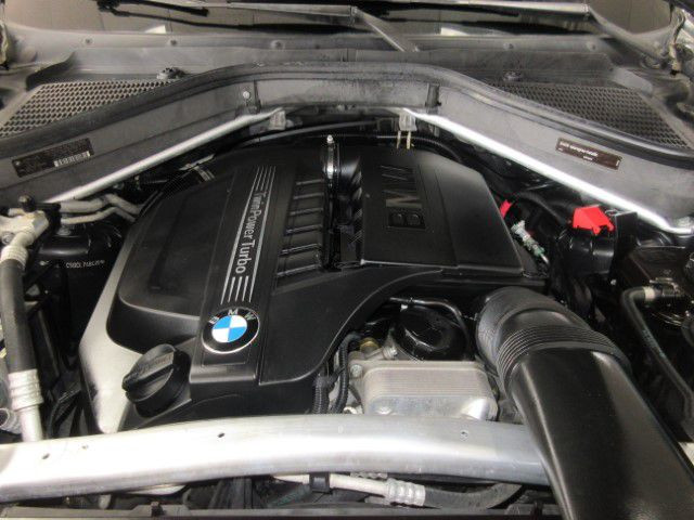 2012 BMW X5 - Image 9