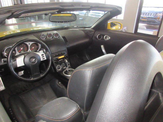 2005 NISSAN 350Z - Image 14
