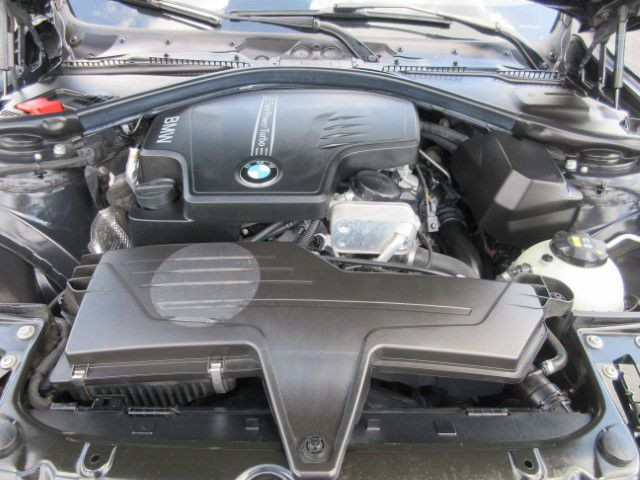 2015 BMW 328 - Image 9