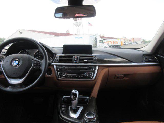 2015 BMW 328 - Image 17