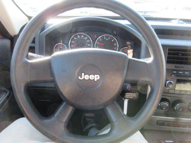 2009 JEEP LIBERTY - Image 20