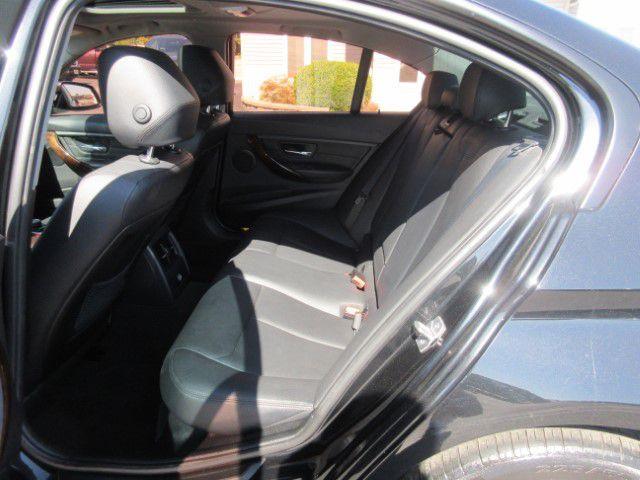 2013 BMW 328 - Image 14